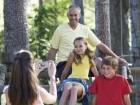كيف تصادقون أولادكم وتقنعوهم باتخاذ القرارات الصحيحة؟