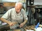 arabTV: الإسكافي داهود جمّال.. أحد رموز السوق الشفاعمري لأكثر من 60 عامًا
