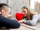 ما هو مصير الزواج إن عانى أحد الطرفين من مشكلة الحسد؟