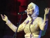 نداء شرارة تتحف الجمهور في مهرجان جرش