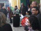 رئيس بلدية الطيبة يكرم المربية جيهان جابر بعد أغنية جيشم جيشم
