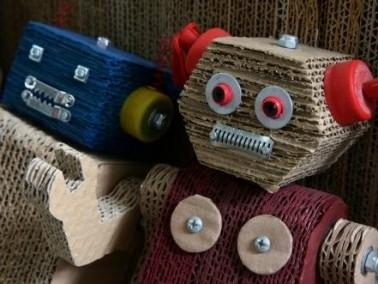 روبوتات مبتكرة صديقة للبيئة في بيرو..صور