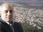 نتنياهو، حرباءٌ سياسية يظهر امام العالم بدور المسكين/ بقلم: محمد دراوشه