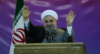 روحاني: ايران ستعزز قدراتها العسكرية بما فيها الصواريخ البالستية وسندافع عن فلسطين