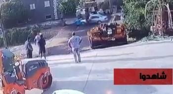شاهدوا بالفيديو: رجل من مدينة سخنين يدهس شابين شقيقين بعد خلاف معهما