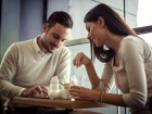 كيف تحصلين على ما تريدين من زوجك بسهولة؟ إليك هذه الحيل الذكية!