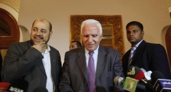 الأحمد: السلاح الفلسطيني يجب أن يكون واحدا ولدينا قوانين نتباهى بها