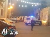 جسر الزرقاء: اصابة شخصين بعد تعرضهما لاطلاق نار