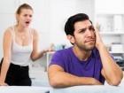رجل (35 عامًا): زوجتي غيورة جدا وأفكر في تركها