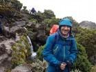 مزهر عبد الحليم ابن كفرمندا يتسلق قمة جبل الكليمنجارو الافريقي
