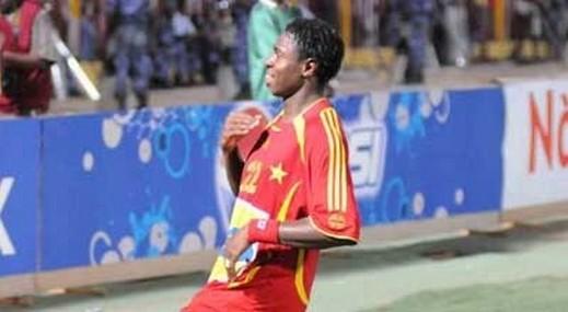 وفاة النيجيري ايداهور لاعب المريخ أثناء المباراة