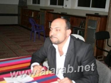 مسعود غنايم يلقي محاضر في ذكرى يوم الأرض في النقب