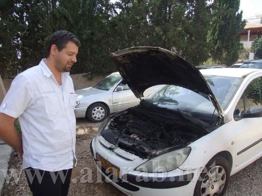 اضرام النيران بمركبة المحامي عروة ياسين من عرابة