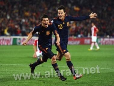 اسبانيا تجتاز باراجواي في مباراة مثيرة وتتأهل