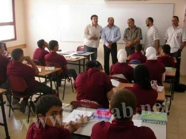 غنايم يقوم بزيارة تفقدية للمدرسة الشاملة بنحف