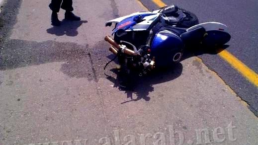 مصرع سائق دراجة نارية 36 عاما بعد تعرضه لحادث طرق