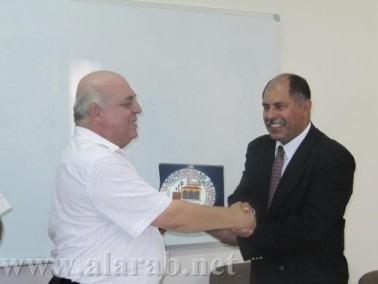 ألنائب د. إغبارية يزور الجامعة العربية الأمريكية