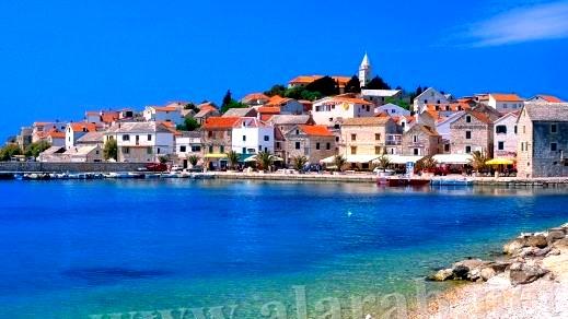 كرواتيا الجمهورية الاوروبية تعرض حلتها الجديدة بالعرب