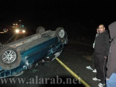 اصابة سائق من وادي سلامة انقلبت مركبته رأساً
