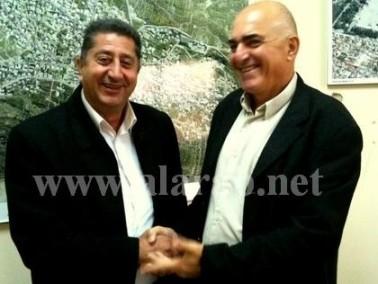 يعقوب زوهر يلتقي رئيس مجلس كابول المحلي حسن بقاعي