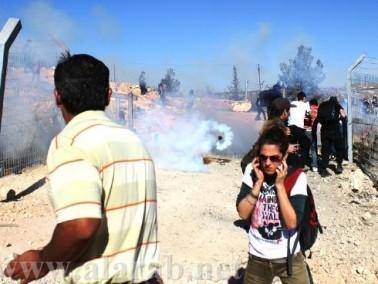 إصابة العشرات بحالات الاختناق في مسيرة بلعين