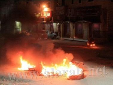 القدس: اعتقال فتي وإصابة العشرات بحالات اختناق