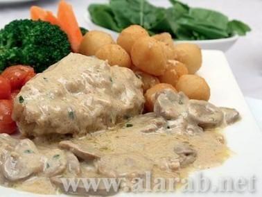طبق الدجاج مع جبنة الماسكاربون وصلصة الخردل