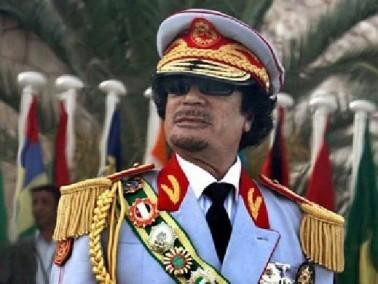 نشطاء الإنترنت يدعون لنقل القذافي لمحمية طبيعية