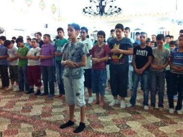 اهالي مدينة الناصرة يحييون ليلة القدر في مسجد السلام