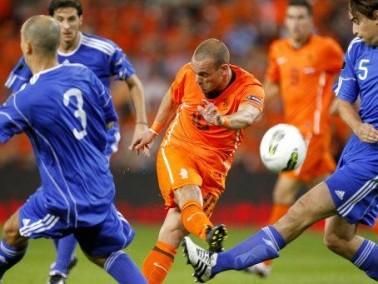 هولندا تسحق سان مارينو 11-صفر ضمن تصفيات كأس اوروبا