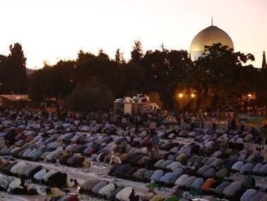 تتألق في المسجد الأقصى خلال شهر رمضان