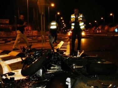 اصابة سائق دراجة نارية بجراح خطيرة بعد اصطدامه بسيارة
