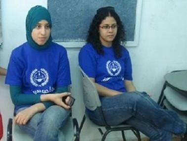 جسر الزرقاء:توزيع الكتب على الطلاب المحتاجين