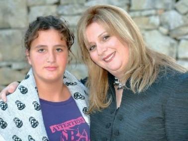 محكمة تونسية تصدر مذكرة دولية لاعتقال سهى عرفات