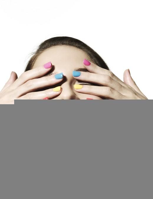أجهزة تجفيف طلاء الأظافر تتسبب بسرطان الجلد