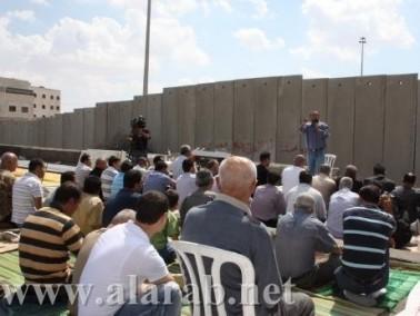 صحيفة: مخطط إسرائيلي بفصل مخيم شعفاط