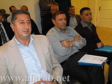 وزارة الداخلية قامت بتوزيع هِبات للسلطات بدون مراقبة