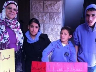 طلاب البيك كفركنا يجمعون التبرعات لمرضى السرطان
