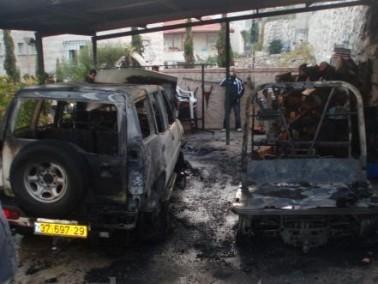 حرق سيارة حاتم عجمية