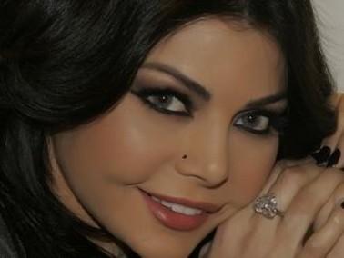 هيفاء وهبي:الله أعطاني نعمة الجمال وأحب الباستا