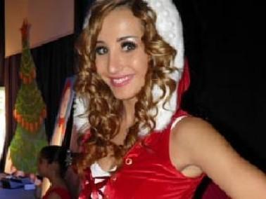 مايا نعمة تحتفل مع تلاميذها بمناسبة الاعياد
