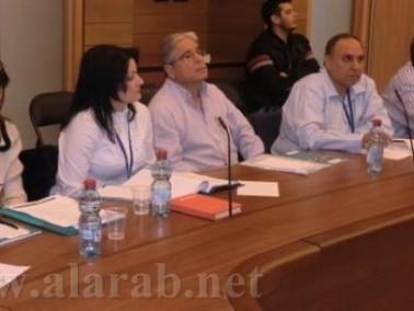 الطيبي:الطبيب العربي يفتح بطن المريض اليهودي للجراحة