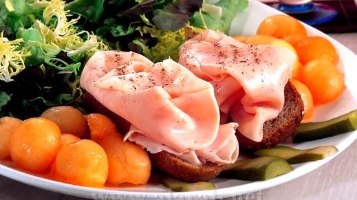 سندويش الحبش فطور وجبة فطوركم من العرب