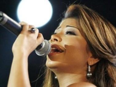 شيرين عبد الوهاب ترد على تسريب ألبومها