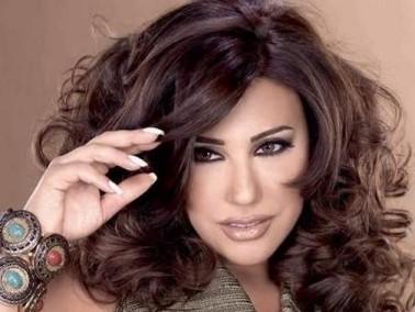 وزير الثقافة التونسي يرحب بجوليا بطرس ونجوى