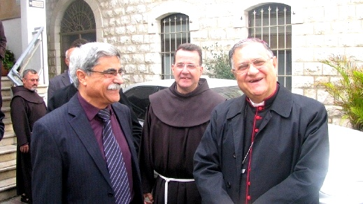 البطريرك اللاتيني فؤاد طوال يزور بلدية الناصرة