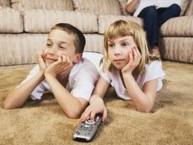 دراسة:التلفزيون يسبب تأخر قدرة الاطفال على الكلام