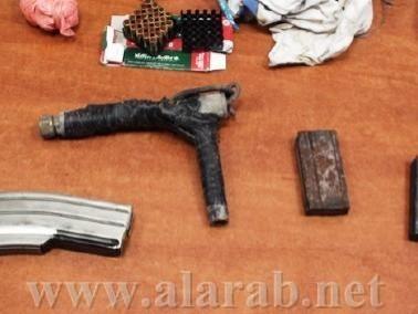 إعتقال مواطن من معاوية بعد العثور على أدوات قتالية