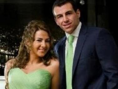 بالصور: خطوبة النجمة الشابة دنيا سمير غانم