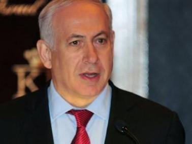 رئيس الوزراء نتنياهو شد وتر قدمه خلال مباراة كرة قدم